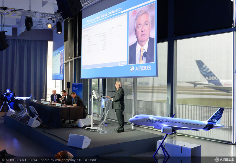 2014_annual_Airbus_press_conf_-speaker_Leahy