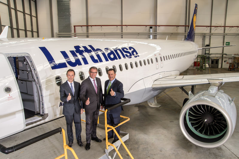 A320neo_Lufthansa_becomes_launch_customer_4