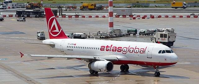 Airbus_A320_AtlasGlobal_(20220083990)