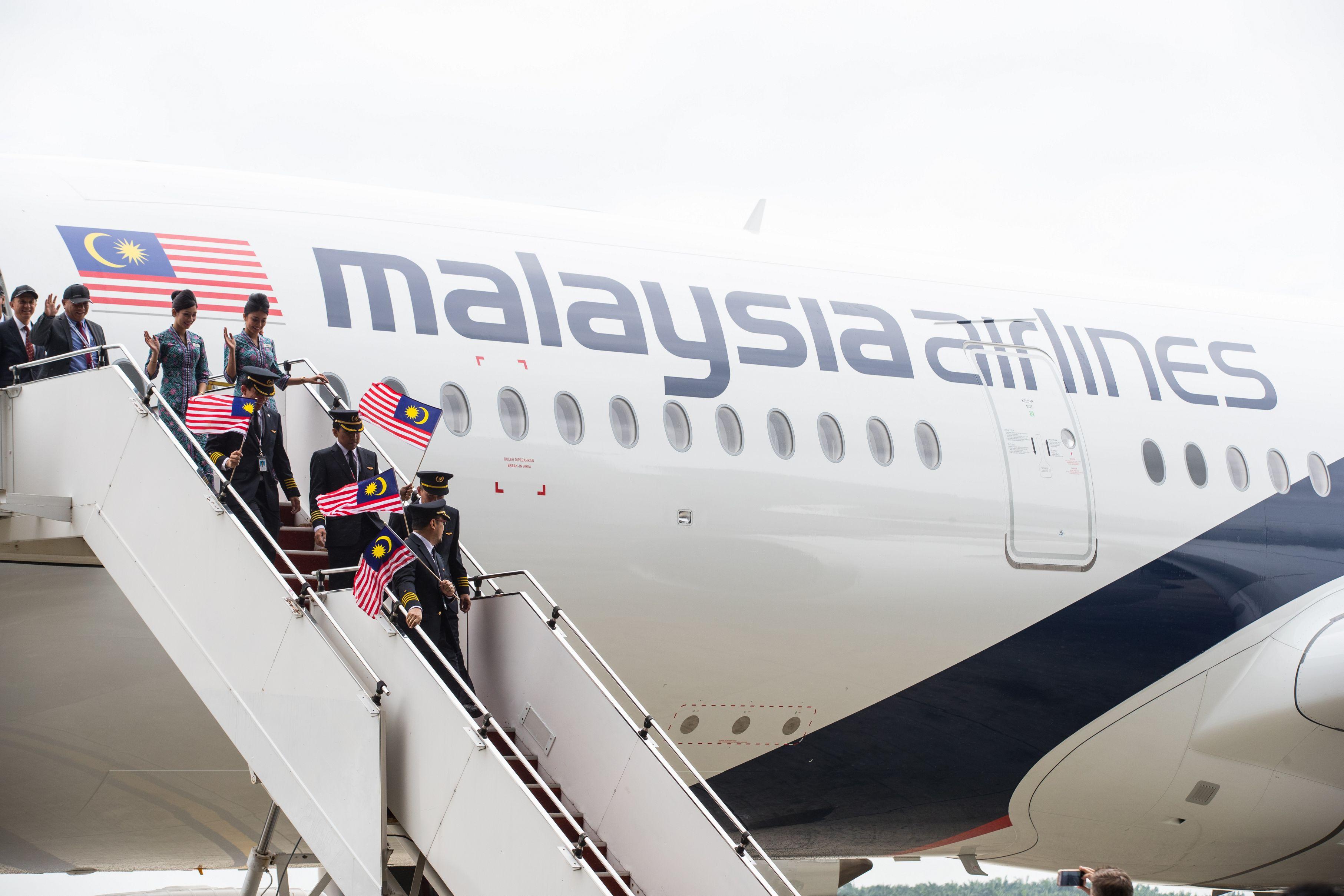 """""""Siamo molto lieti di accogliere questo nuovo aeromobile all interno della nostra flotta"""" ha dichiarato Izham Ismail CEO di Malaysian Airlines"""